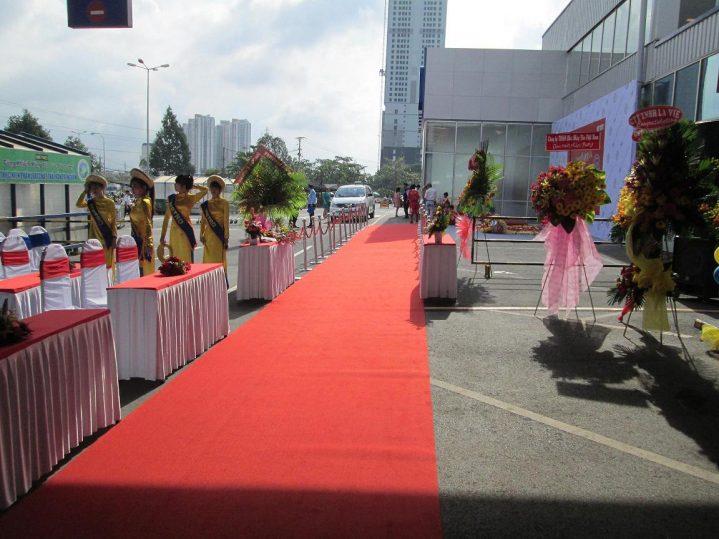 Thảm trải sân khấu tại Hà Nội
